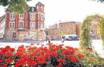"""Der Bernburger Saalplatz ist Bestandteil des auch im Stadtrat kontrovers diskutierten Handlungskonzeptes """"Fokus Saale""""."""